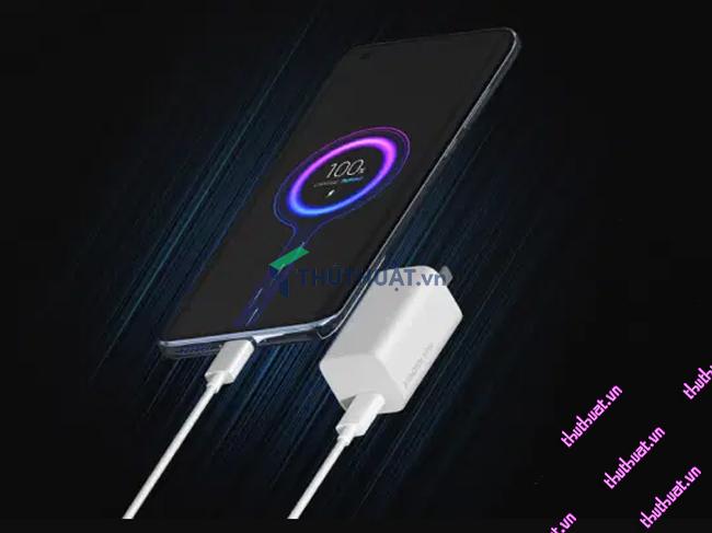 07-meo-don-gian-tiet-kiem-pin-cho-iphone